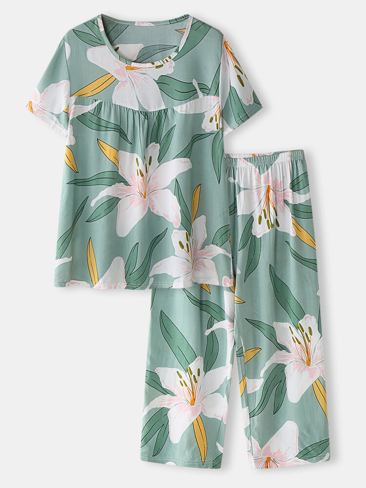 Plus Size Women Flower Print Pleated Pajamas Sets With Cropped Pants