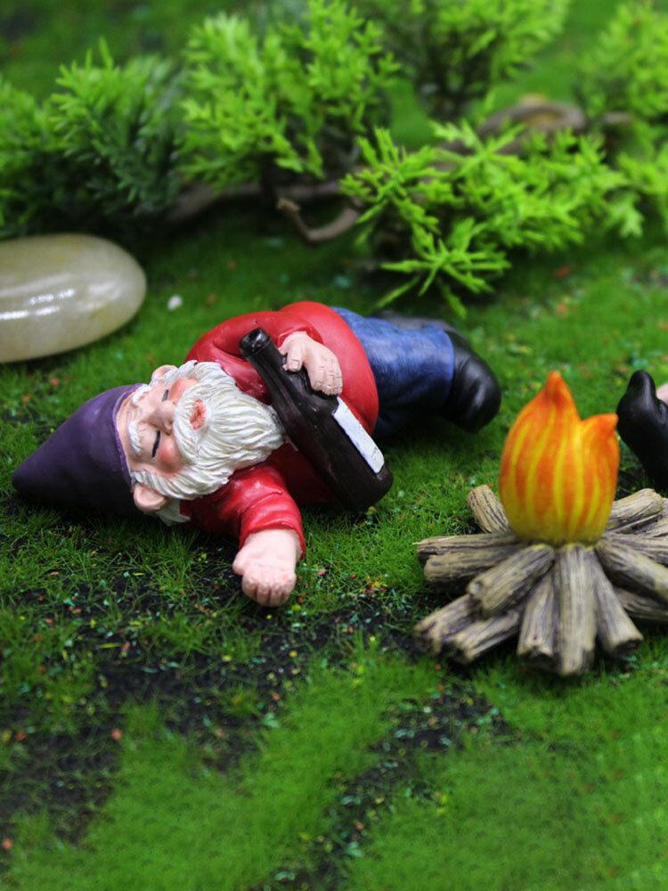 ドワーフおかしいミニチュア妖精の庭おしっこ酔ったノームエルフの装飾品手工芸品屋外樹脂盆栽庭の装飾
