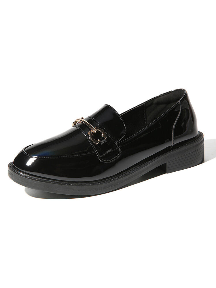 Women's Metal Leather Solid Color Soft Loafers Shoes