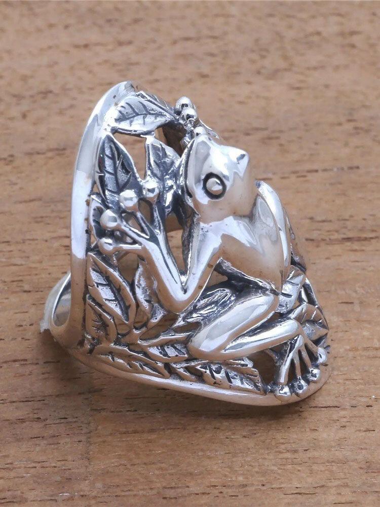 Vintage Metal 3D Hollow Frog Ring Funny Animal Ring