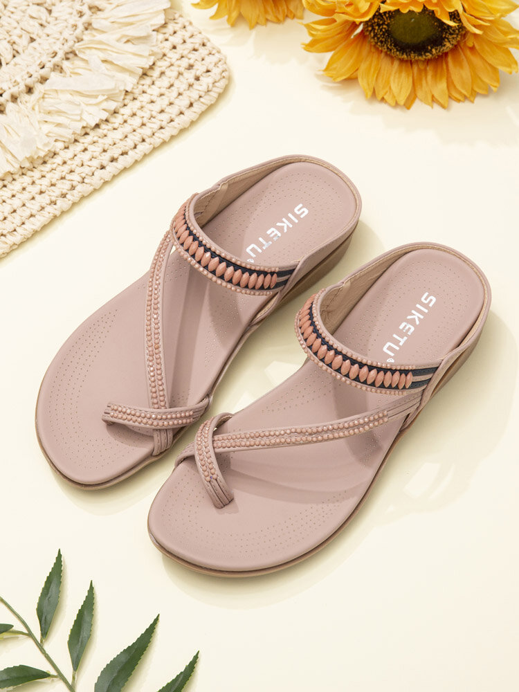 Women Soft Comfortable Bohemia Holiday Thumb Slippers With Beads