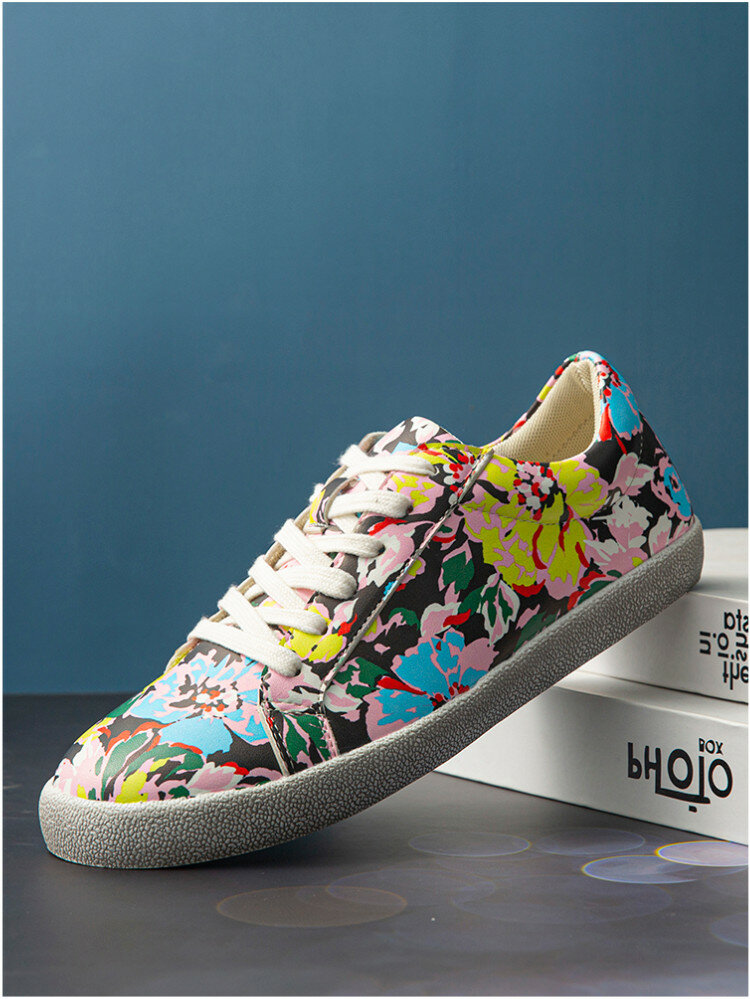 SOCOFY Women Prosperous Flowers Printed Comfy Slip Resistant Lace Up Casual Sneakers Running Walking Shoes Skate Shoes For Easter Gifts