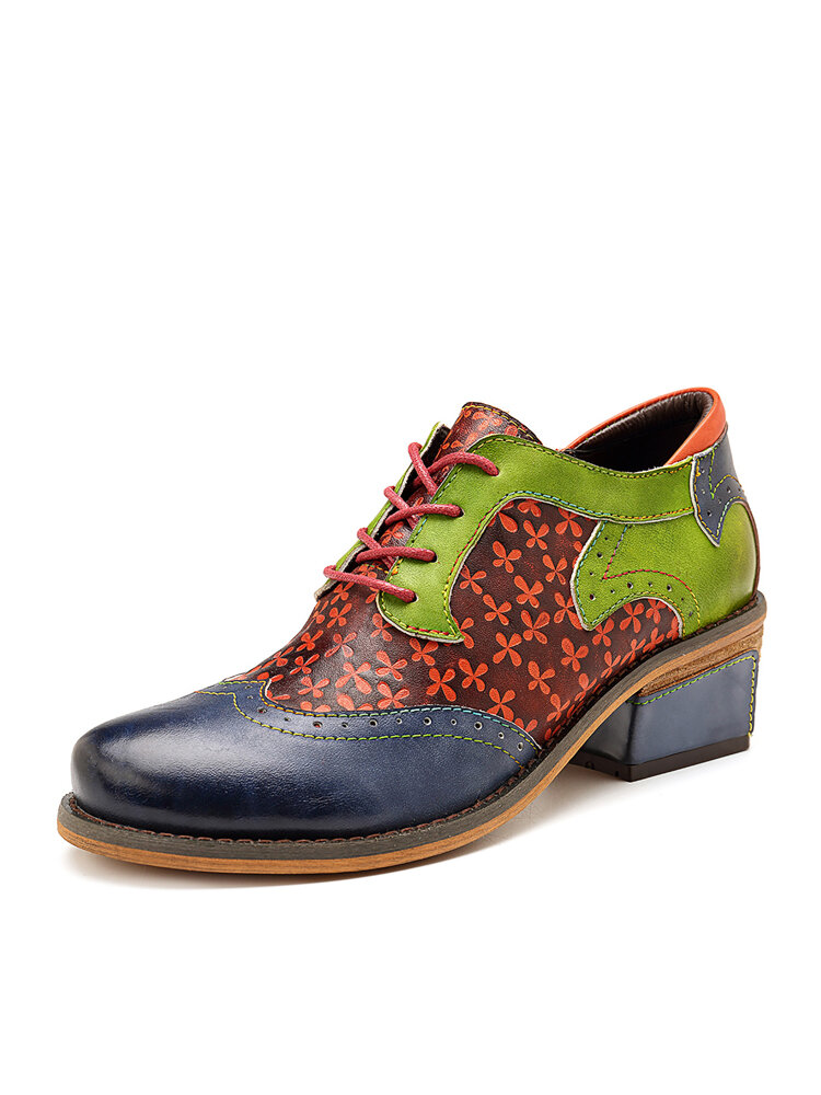 SOCOFY Retro Clover Pattern Hand-colored Genuine Leather Lace Up Block Heel Shoes