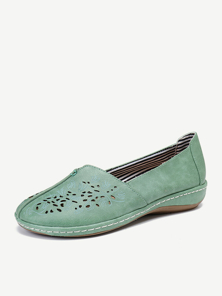 LOSTISY Women Hand Stricing Hollow Comfy Retro Casual Slip On Flats