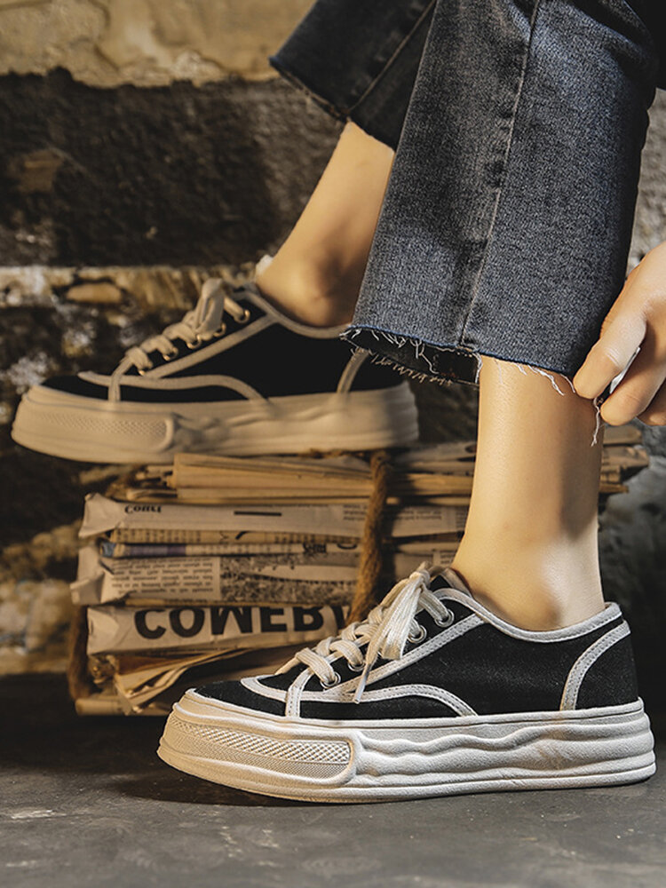 Women Casual Wave Pattern Outsole Canvas Lace-up Soft Comfy Skate Shoes