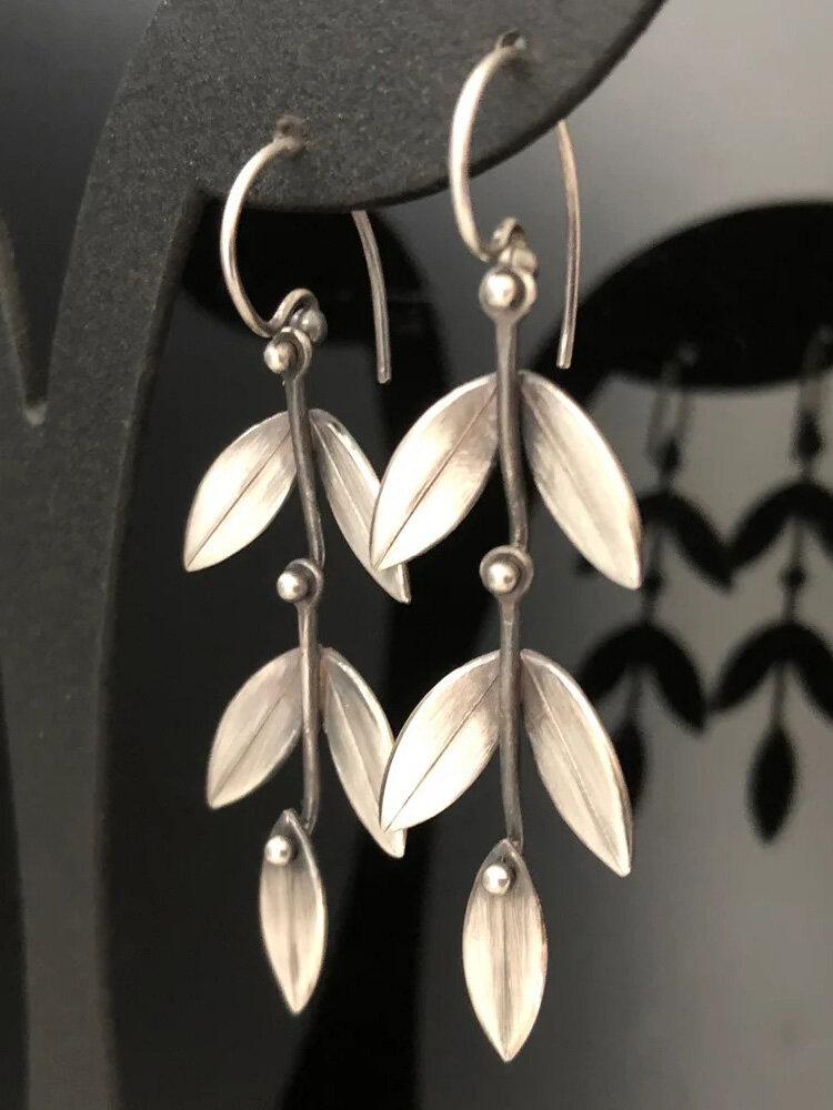 Vintage 925 Silver Plated Earrings Simple Tree Leaf Pendant Earrings