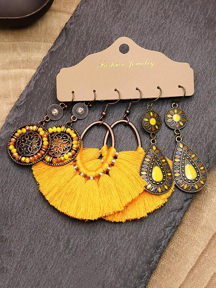 3個のヴィンテージ不規則な女性のイヤリングセットドロップシェイプ中空フラワー手織りタッセルイヤリング