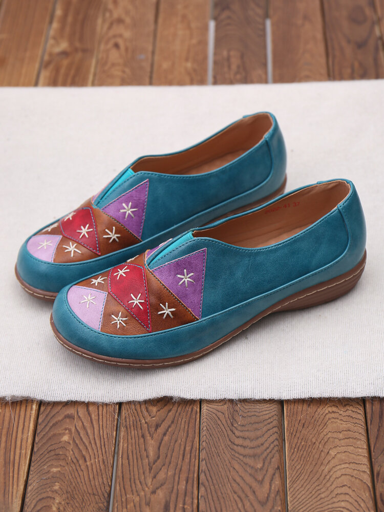 LOSTISY Color Block Handmade Stitching Round Toe Flat Shoes For Women