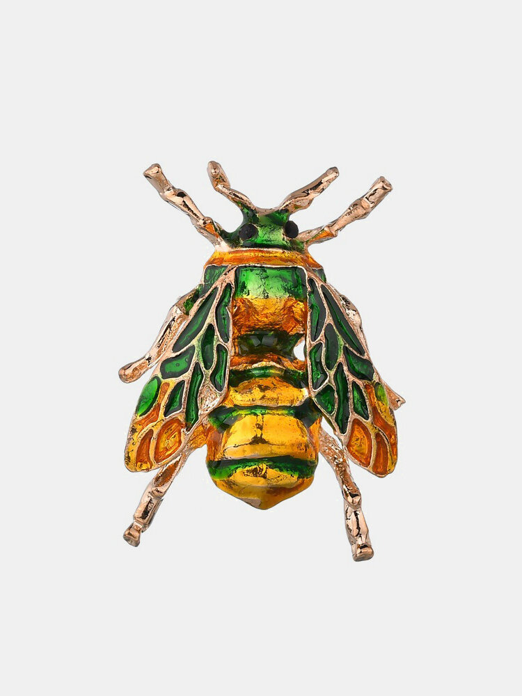 Cute Bee Pins Animals Dripping Oil Brooches Pins Fashion Jewelry for Women