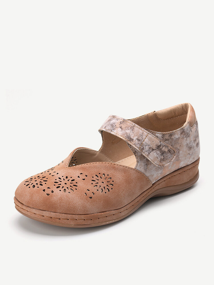 LOSTISY Splicing Round Toe Casual Hollow Out Flat Hook Loop Shoes
