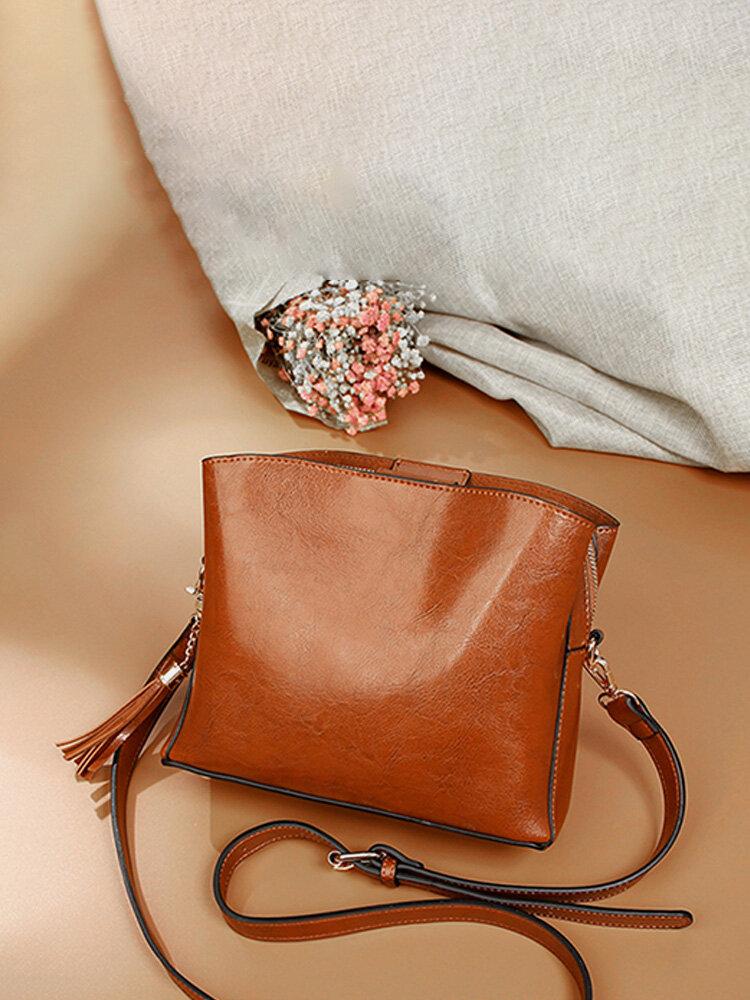 Women Vintage Oil Wax Faux Leather Handbag Tassel Leisure Crossbody Bag