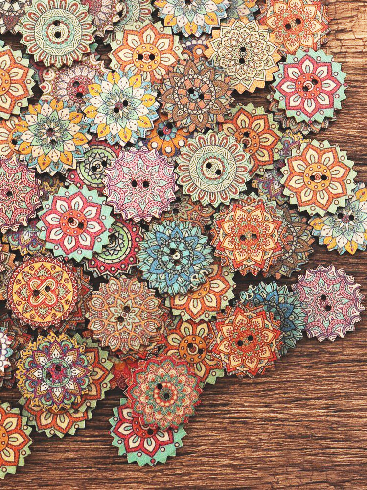 100 Pcs 20/25mm Bohemia Style Wooden Sewing Buttons 2 Holes Flower Buttons DIY Hand Crafts Materials