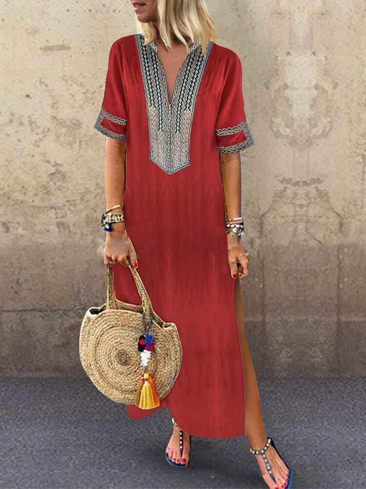 Abito da donna a manica corta con spacco patchwork stampa etnica