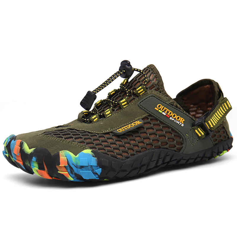 Men Outdoor Breathable Mesh Soft Bungee Closure Water Wadding Shoes
