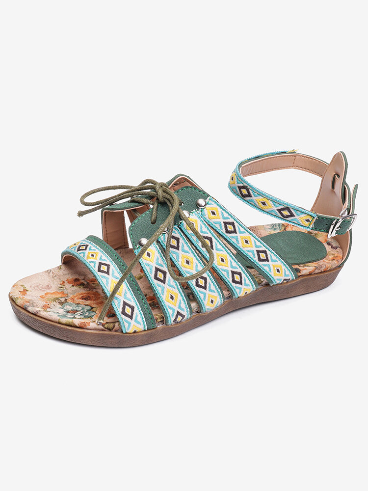 Women Embroidered Hollow Out Opened Toe Bohemian Buckle Sandals