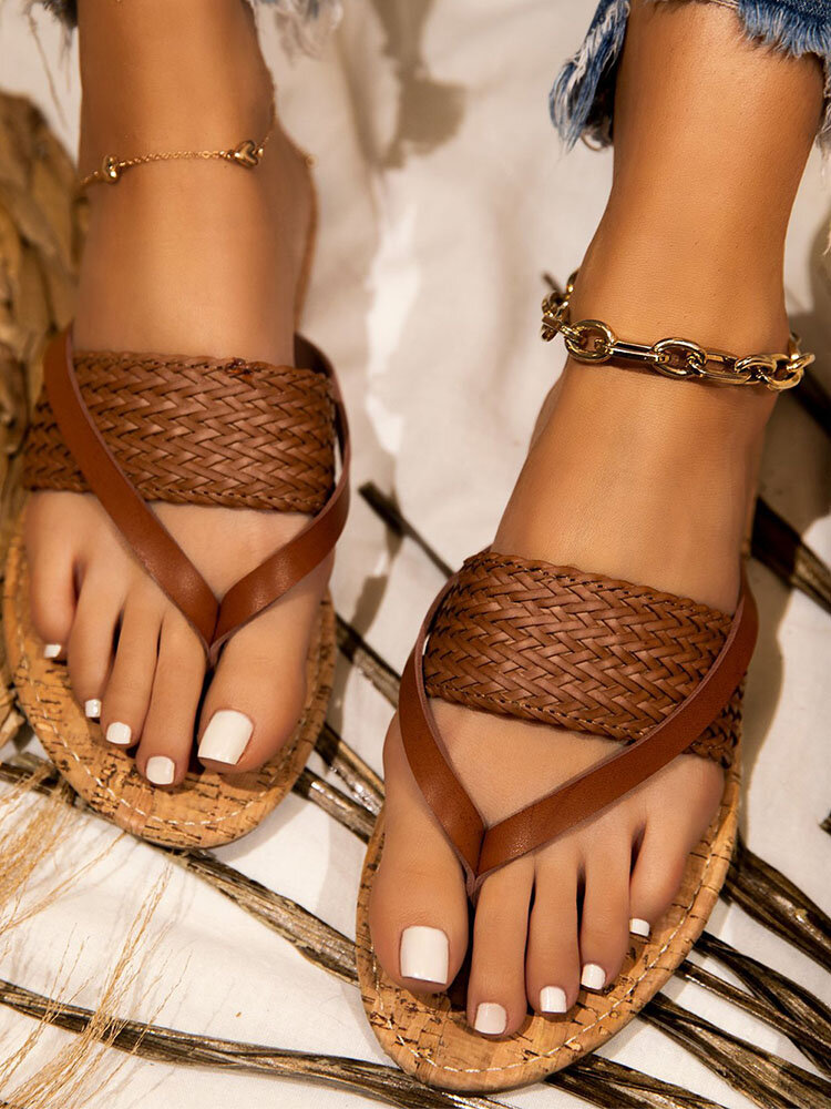 Plus Size Women Simple & Crude Style Straw Rope Weaving Clip-toe Beach Holiday Sandals