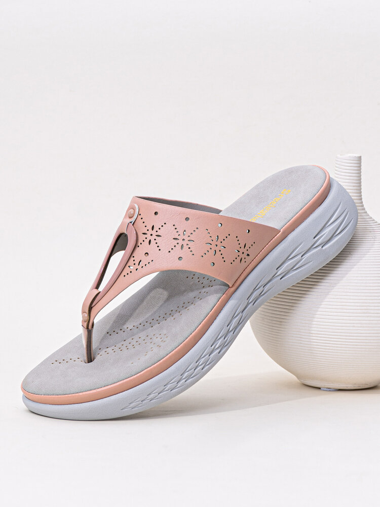Women Fashion Carved Hollow Clip Toe Beach Wedges Slippers