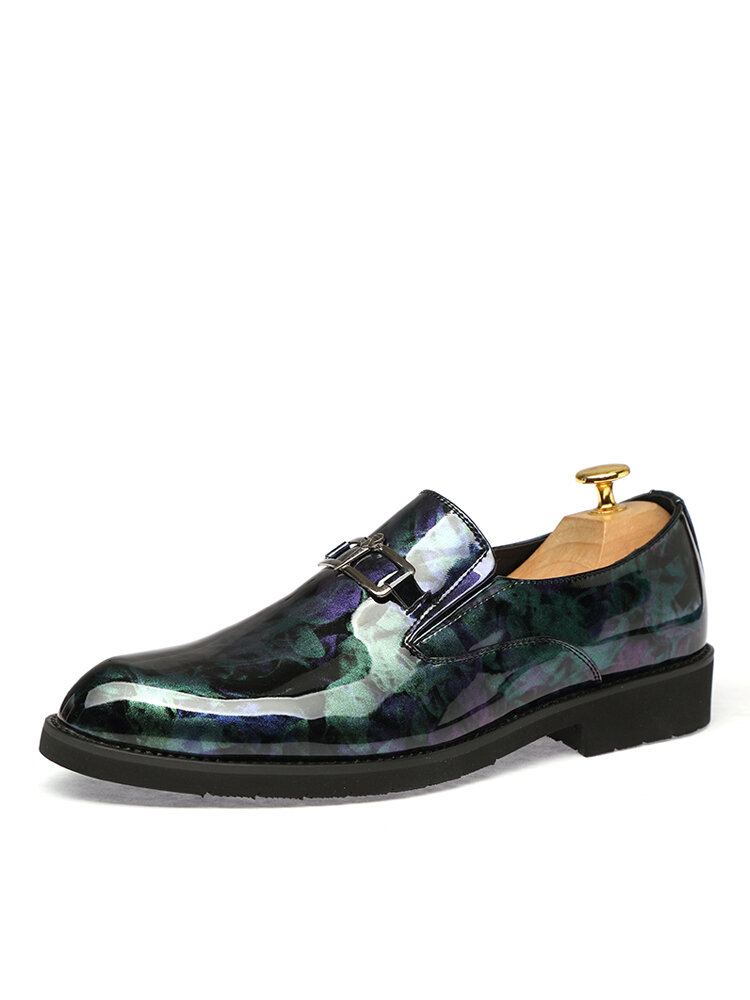 Men Casual Metal Decoration Printing Pattern Pointed Toe Business Shoes