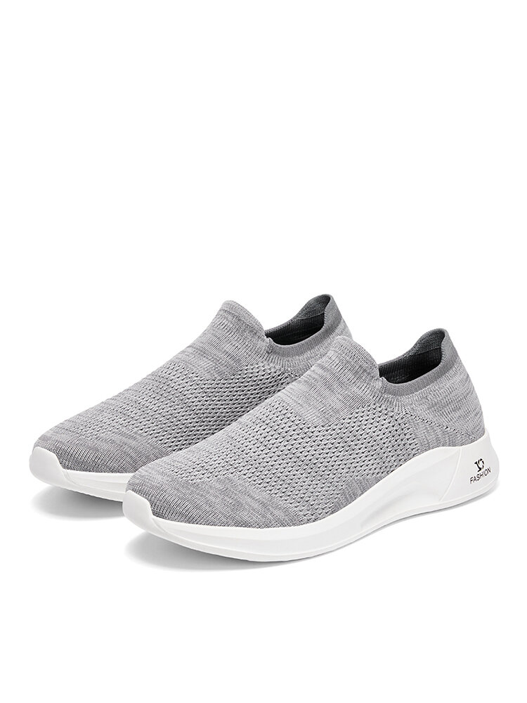 Men Casual Slip-on Breathable Knitted Fabric Light Weight Walking Shoes