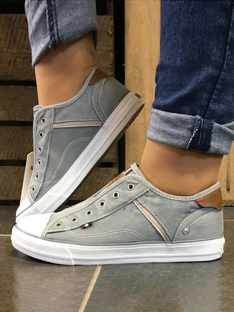 Large Size Women Casual Slip On Splicing Canvas Skate Shoes