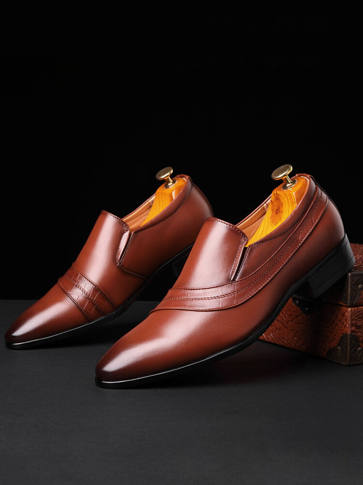 Men Pointed Toe Slip-On Comfy Microfiber Leather Business Shoes