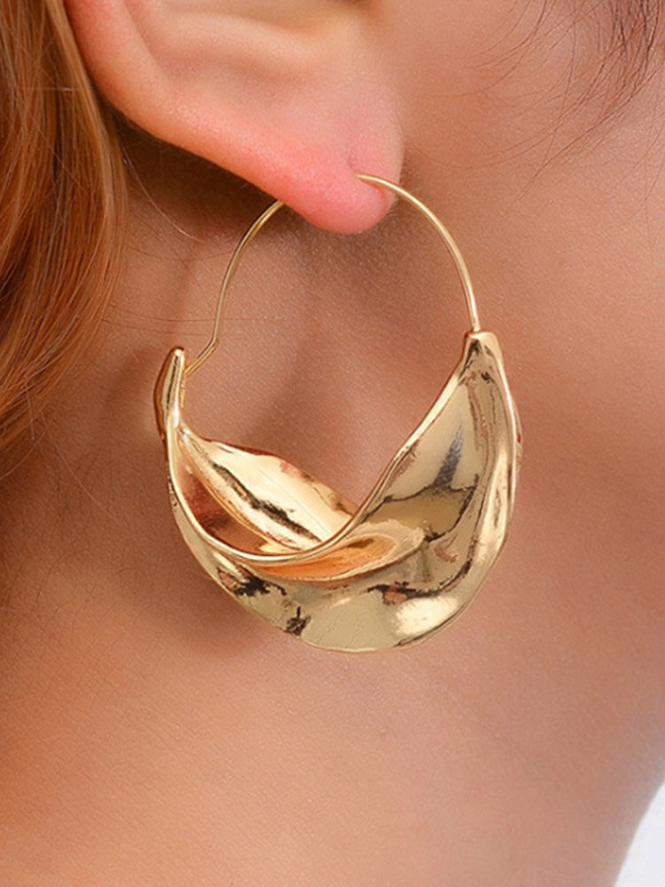 Alloy Vintage Gold Personality Swirl Big Circle Earrings