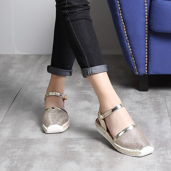 Big Size Mesh Hollow Out Breathable Weave Buckle Beach Flat Sandals