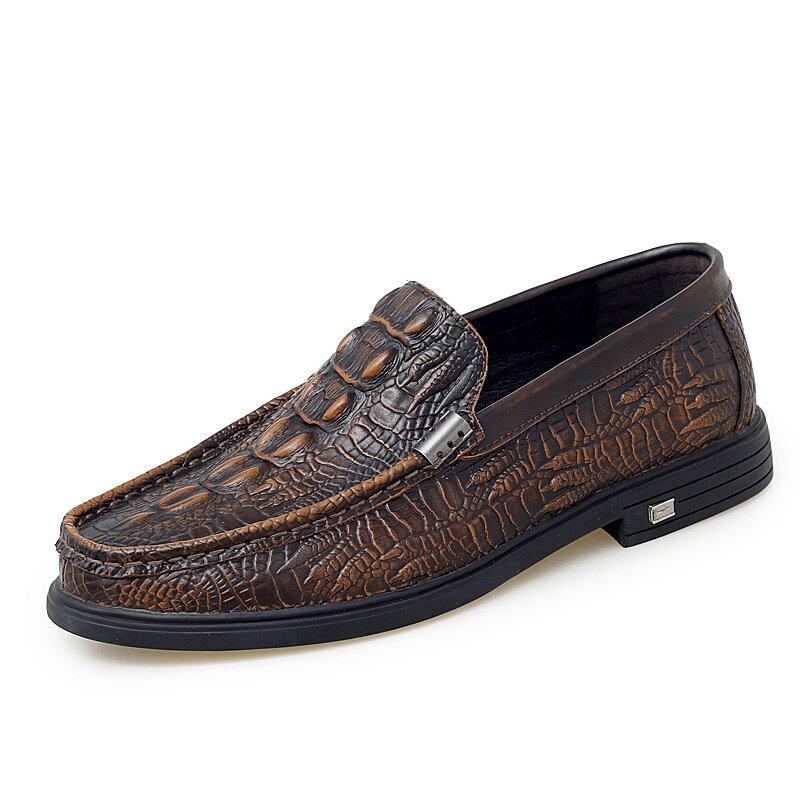 Men Retro Crocodile Pattern Non Slip Slip On Casual Leather Shoes