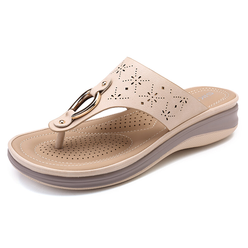 LOSTISY Comfortable Clip Toe Soft Sole Beach Casual Flat Sandals