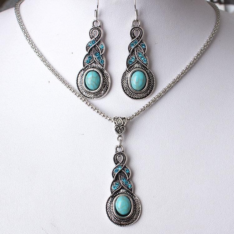 Vintage Pendant Necklace Blue Turquoise Pendant Antique Silver Chain Necklace Earrings for Women