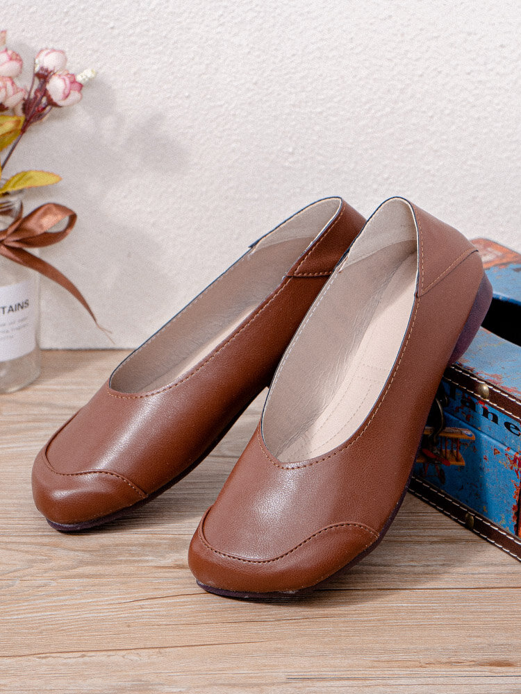 Women Solid Color Single Shoes Brief Slip-on Ballet Flats