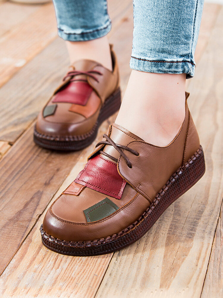 Women Vintage Style Leather Patch Design Lace-up Soft Comfy Hand Stitching Flat Shoes