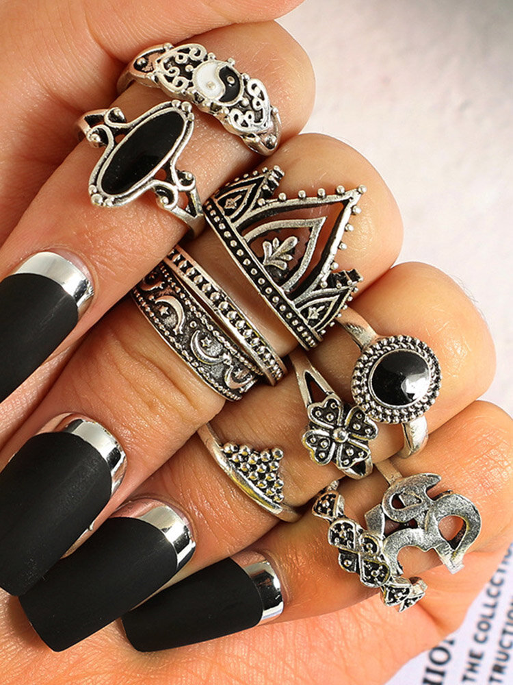 10 Pcs Bohemian Statement Ring Set Vintage Crown Star Moon Flower Knuckle Rings for Women