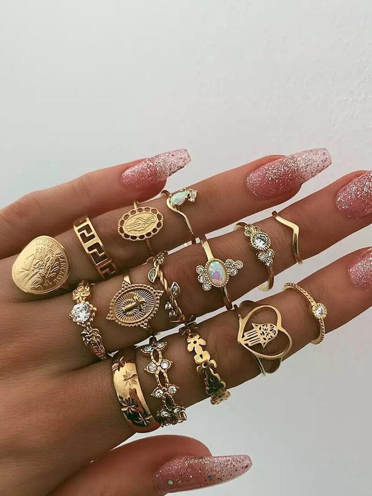 Vintage Three-dimensional Avatar Gold Coin Ring Kit Hollow Heart Geometric Rhinestone Ring Set