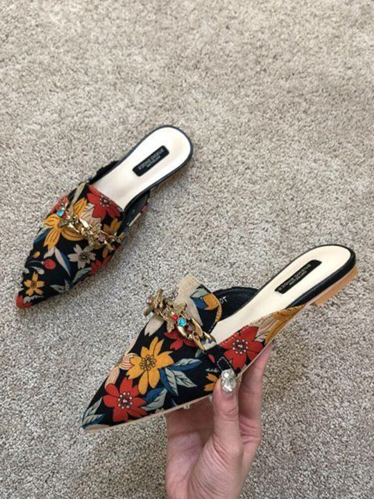 Women Metal Decoration Embroidered Low Heeled Mule Shoes