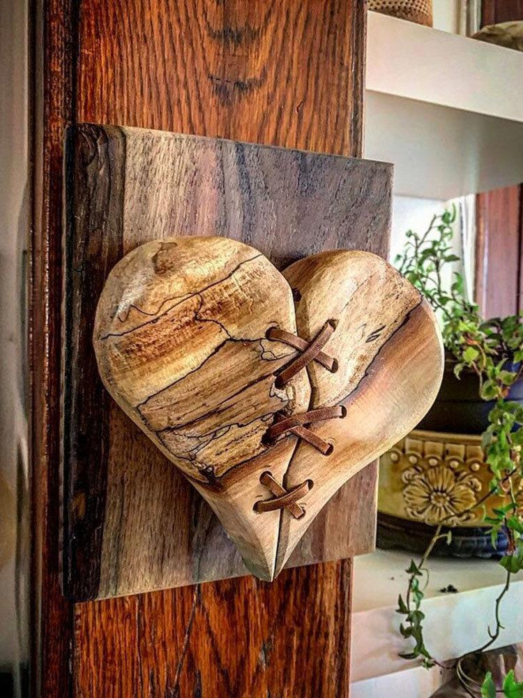 1 PC Madeira Quebrada Coração Couro Costurado Escultura De Madeira Arte Pendurado Na Parede Decoração Enfeites Para Casa