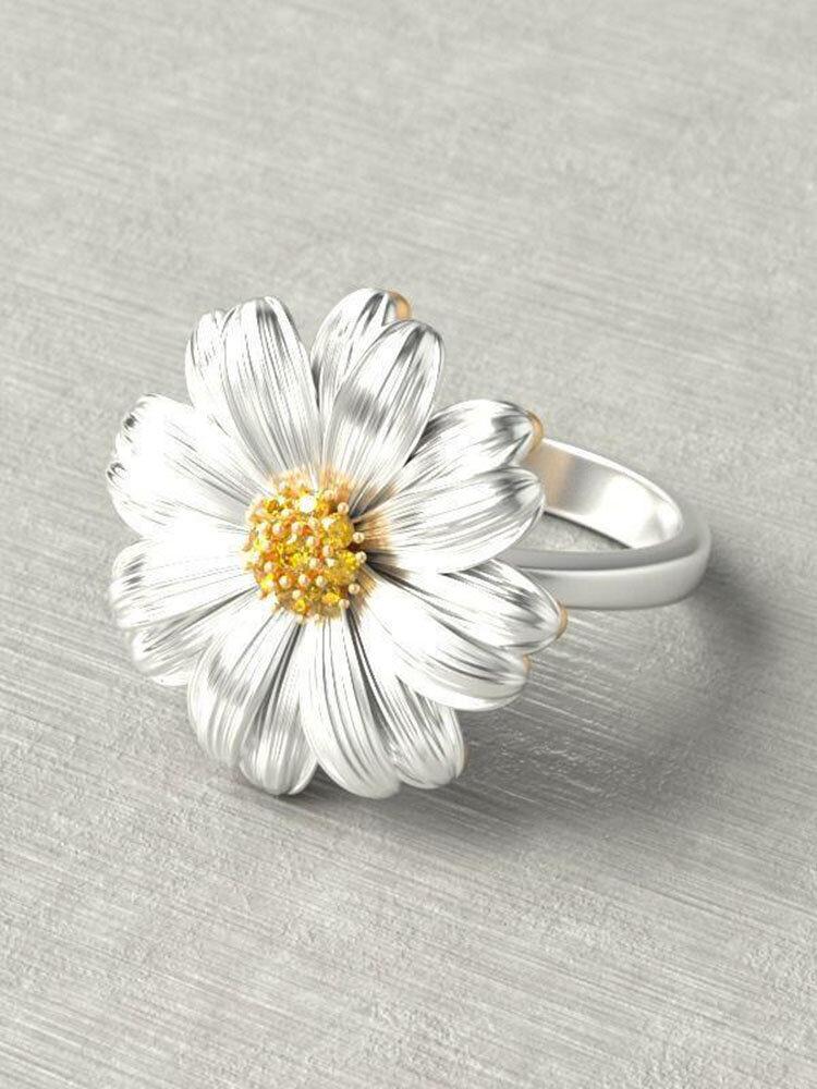 Trendy Chrysanthemum Small Daisy Flower Women Rings Wild Small Fresh Diamond Mount Jewelry