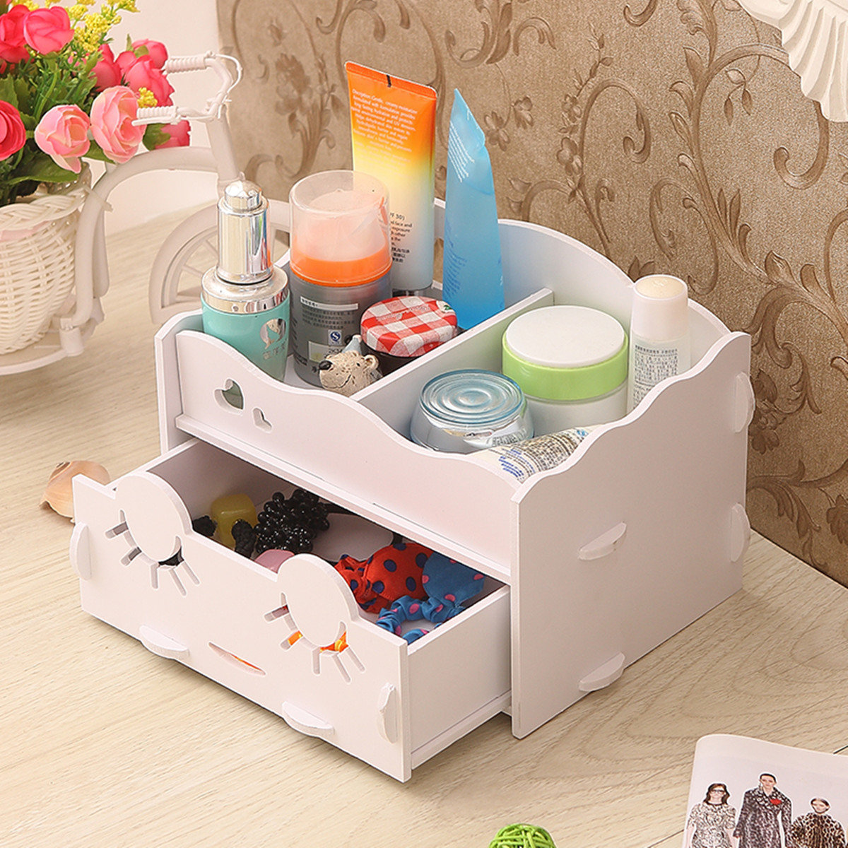 Smiling Face Wooden White Makeup Organizer Neat Table Jewelry Collecting Case Cosmetics Tools