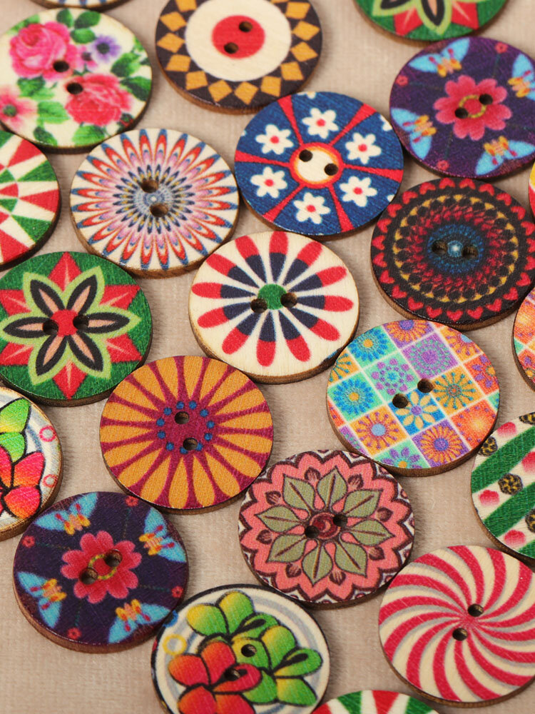 100pcs 25mm Vintage Flower Painted Wooden Buttons Two Eyes Decoration Sewing Buttons DIY Materials