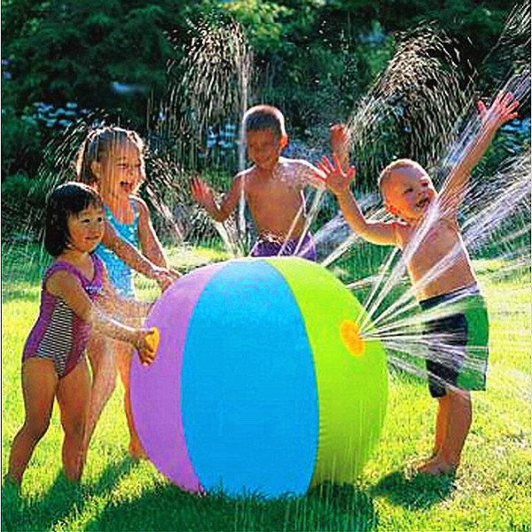 夏の子供の屋外の水泳のビーチボールの膨脹可能な球水噴水の球