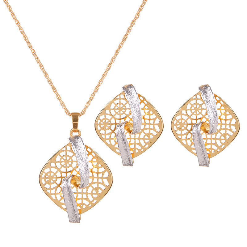 Retro Jewelry Set Gold Plated Square Necklace Earrings Set