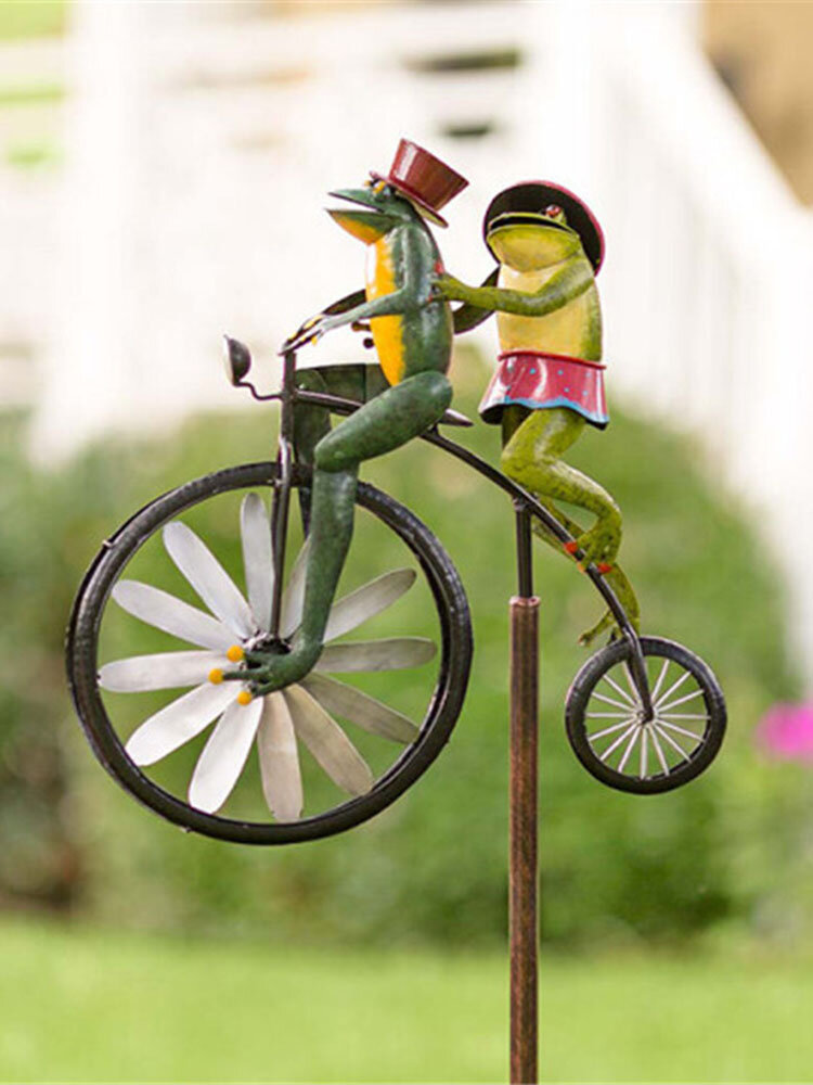 Vintage Bicycle Wind Spinner Metal Stake Frog Riding Motorcycle Windmill Decor Craft For Yard and Garden Figurines Midecoration
