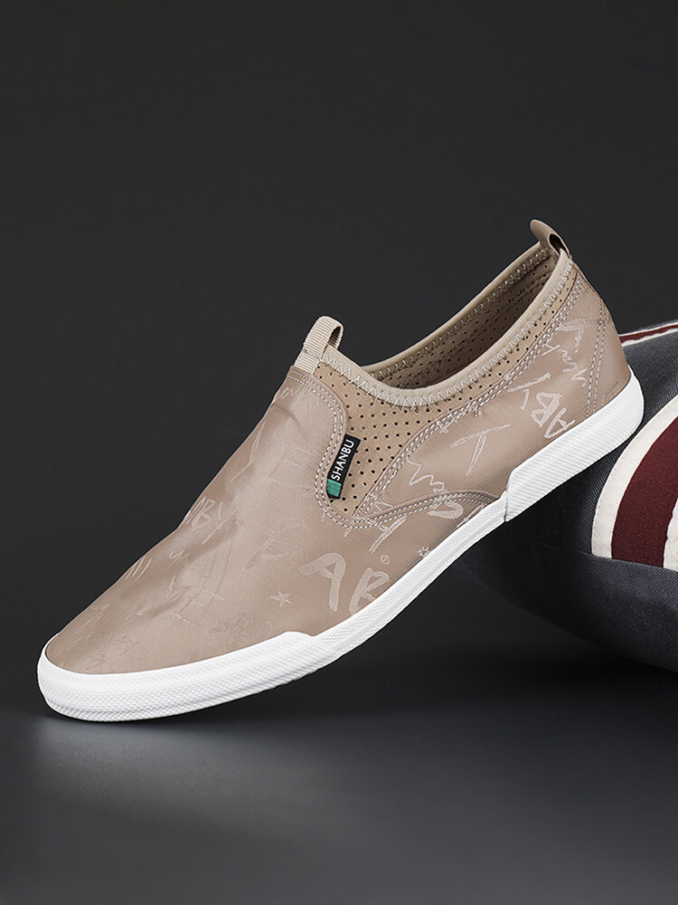 Men Breathable Slip-on Comfy Hard Wearing Round Toe Canvas Shoes