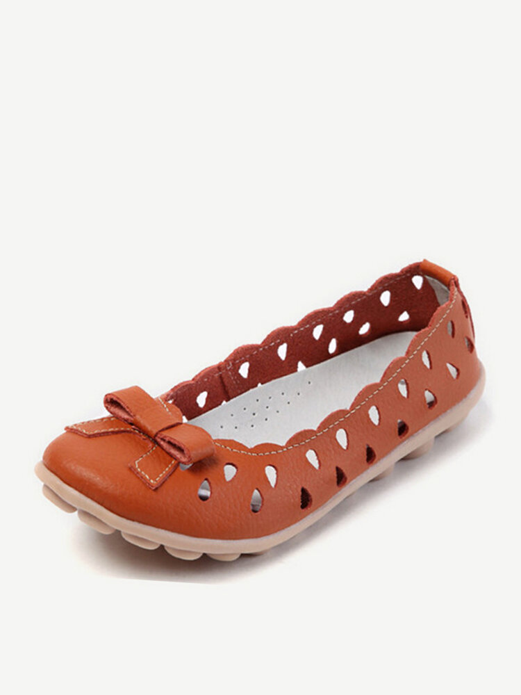 Butterflyknot Hollow Out Breathable Leather Pure Color Slip On Flat Shoes