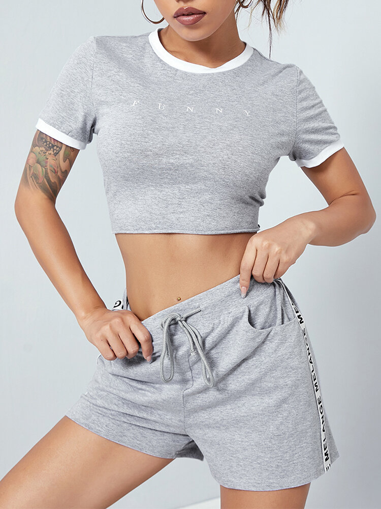 Letter Graphic Print Crop Top & Drawstring Pocket Shorts Two-piece Suit