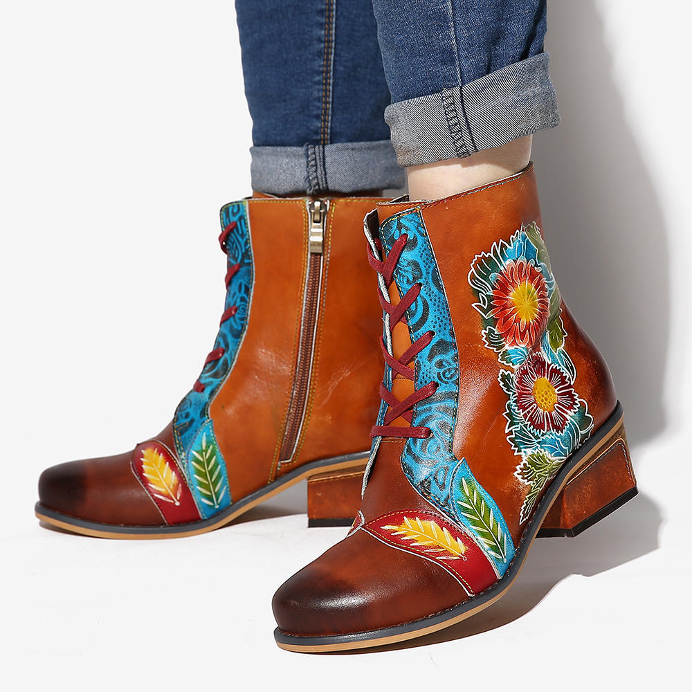 SOCOFY Retro Flower Pattern Embossed Genuine Leather Stitching Flat Short Boots