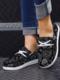La lona de impresión casual de gran tamaño Mujer ata para arriba los zapatos de los holgazanes de Wedegs - Negro