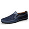 Men Breathable Mesh Fabric Patchwork Hard Wearing Driving Shoes - Blue