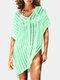 女性のかぎ針編みの中空カバーはプレーンVネックサイドスリットライト水着を持ち上げます - 薄緑