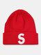 ユニセックスニットウールSレターパターン刺繡ビーニーハットニット帽 - 赤